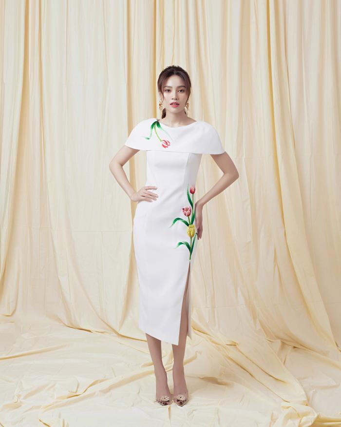 Ninh Dương Lan Ngọc diện sắc trắng tinh khôi, đẹp tựa giọt sương ban mai ảnh 3