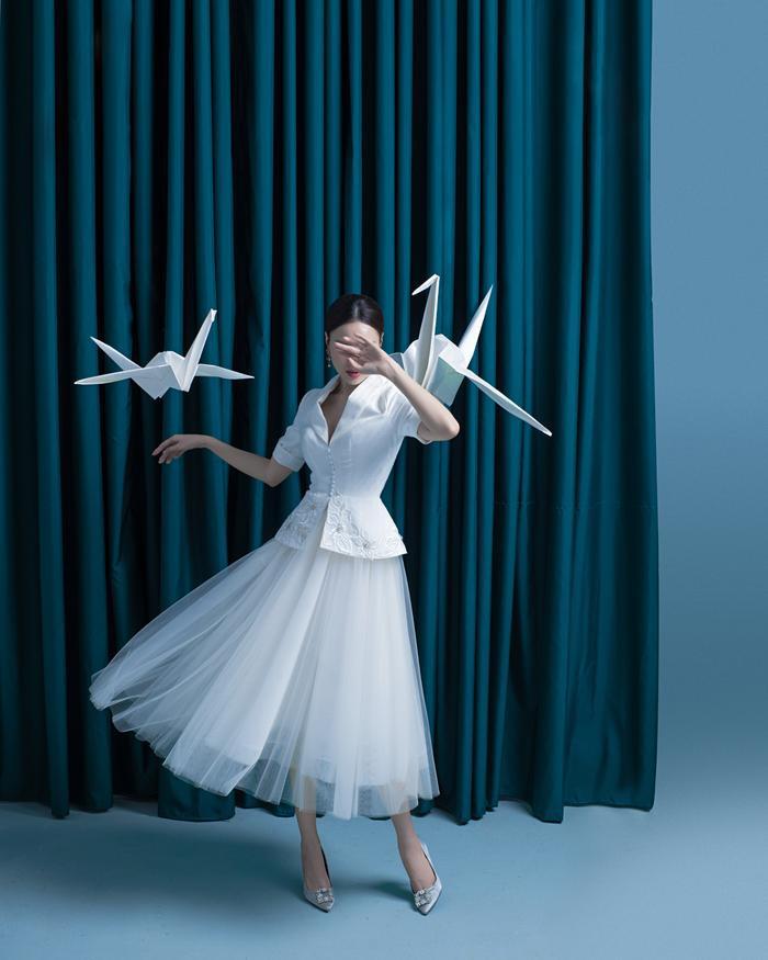 Ninh Dương Lan Ngọc diện sắc trắng tinh khôi, đẹp tựa giọt sương ban mai ảnh 8