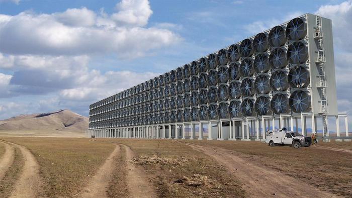 Bằng cách thu giữ CO2 từ không khí, Carbon Engineering có thể giúp giảm khoảng một triệu tấn CO2 mỗi năm, tương đương với lượng khí thải hàng năm của 250.000 xe hơi. (Ảnh:CARBON ENGINEERING)