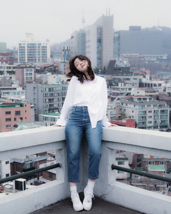 10 ngôi sao Hàn được K-Net đánh giá là minh chứng cho câu nói Người đẹp mặc gì cũng đẹp ảnh 1