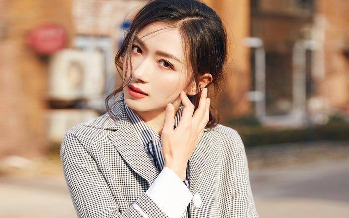 Những mỹ nhân Hoa ngữ xinh đẹp và tài năng nhưng vẫn không thể nổi tiếng ảnh 6
