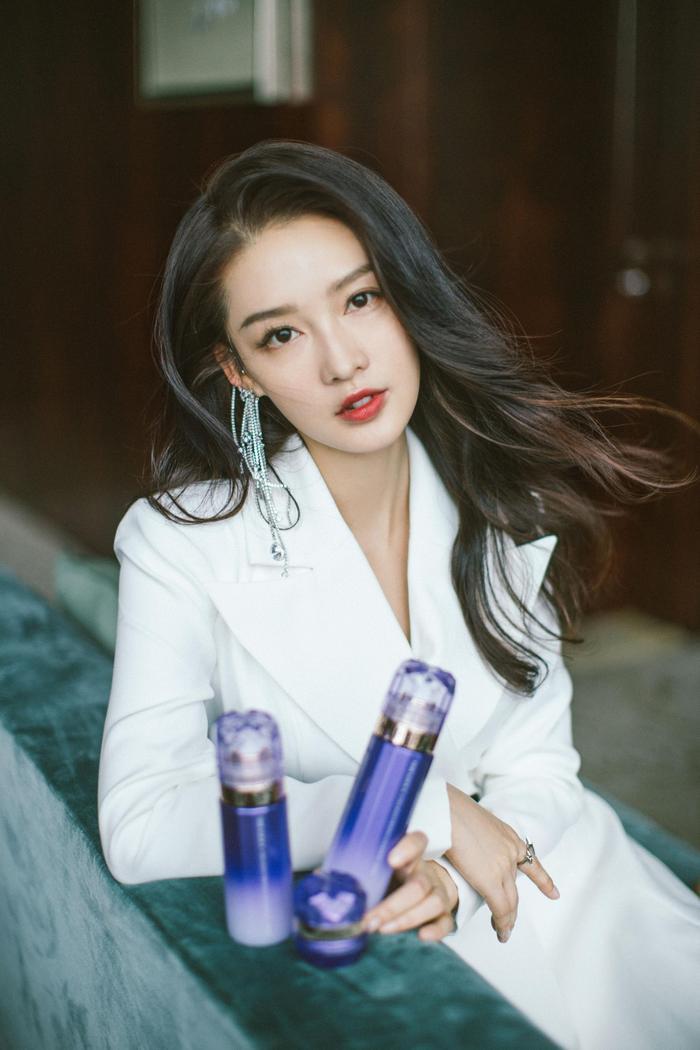 Những mỹ nhân Hoa ngữ xinh đẹp và tài năng nhưng vẫn không thể nổi tiếng ảnh 7