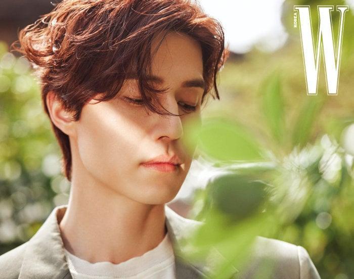 Thần chết Lee Dong Wook đẹp trời ngời ngời trên tạp chí W mà vẫn khiêm tốn nói Goblin là bộ phim của Gong Yoo ảnh 3