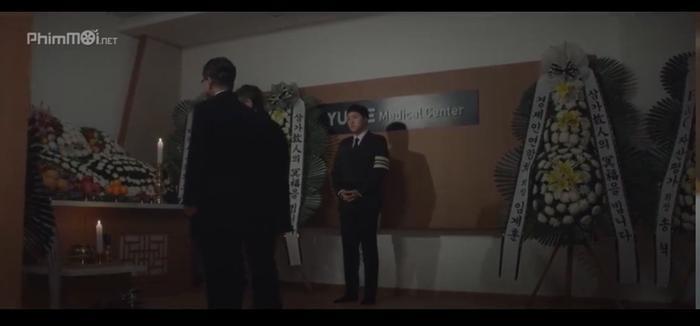 Hospital Playlist (Chuyện đời bác sĩ): Khán giả cười sặc với độ đôi thực thần trong truyền thuyết Kim Jun Wan và Chae Song Hwa