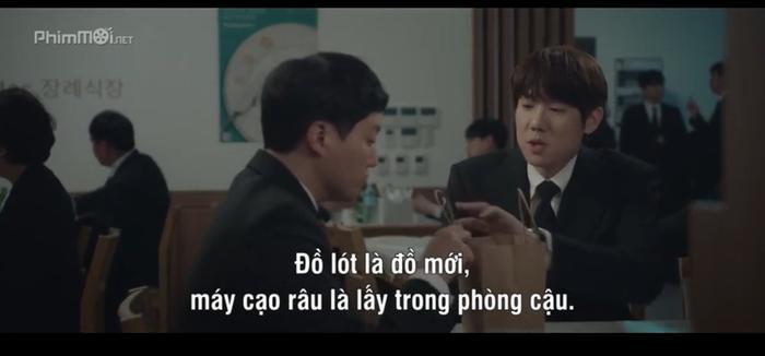 Nhóm bạn thân quan tâm đến Seok Hyung từ nhưng chi tiết nhỏ nhất