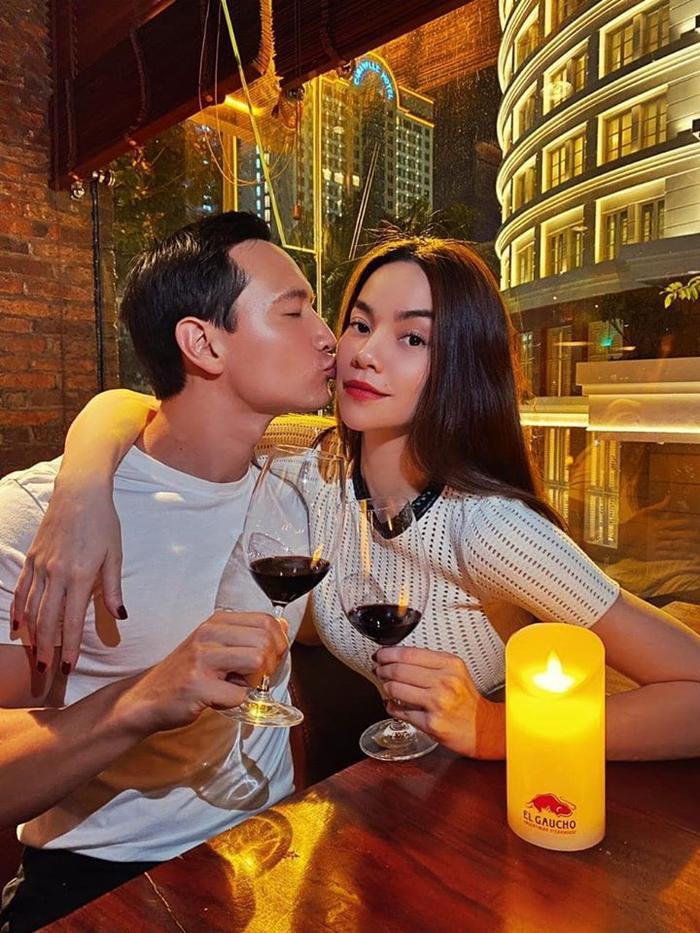 Hội sao Việt mang thai 2020: Hồ Ngọc Hà - Kim Lý