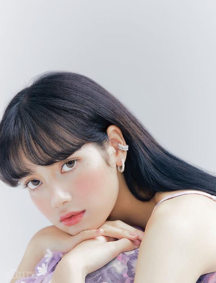 20 người nổi tiếng Thái lan có nhiều lượt người theo dõi mới trong tháng 5/2020: Lisa và cặp đam mỹ Bright  Win cạnh tranh thế nào? ảnh 0