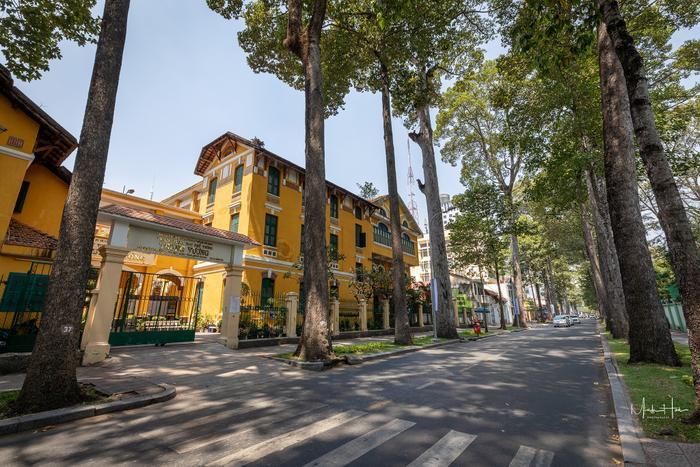 Vẻ đẹp nhuốm màu thời gian của ngôi trường THPT với kiến trúc Pháp đẹp nhất Sài Gòn ảnh 17