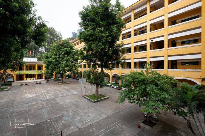 Vẻ đẹp nhuốm màu thời gian của ngôi trường THPT với kiến trúc Pháp đẹp nhất Sài Gòn ảnh 11