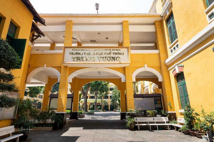 Vẻ đẹp nhuốm màu thời gian của ngôi trường THPT với kiến trúc Pháp đẹp nhất Sài Gòn ảnh 15