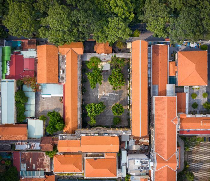 Vẻ đẹp nhuốm màu thời gian của ngôi trường THPT với kiến trúc Pháp đẹp nhất Sài Gòn ảnh 16