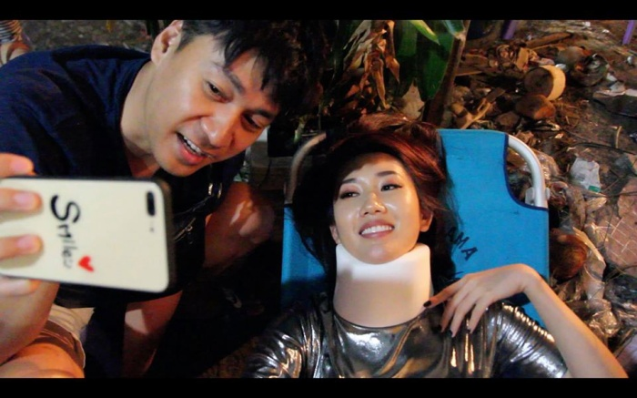 Hình ảnh Thuý Ngân tai nạn bất tỉnh trên phim trường khiến nhiều sao Việt lo lắng ảnh 1
