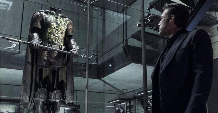 Justice League phiên bản Snyder tiết lộ thêm về cái chết của Robin, là Joker hay Harley Quinn đã ra tay với cậu?