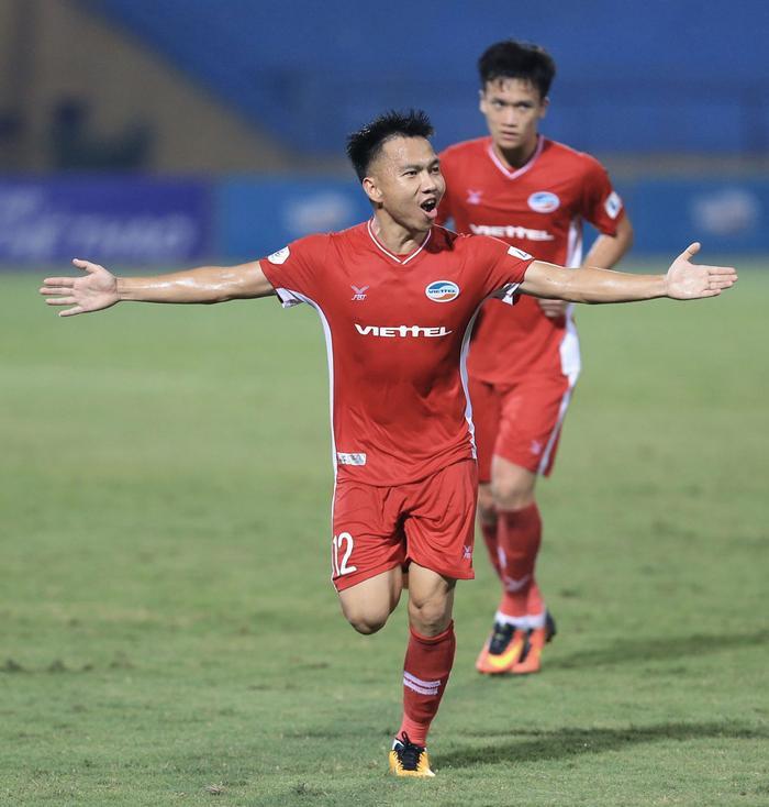 Khắc Ngọc - một tiền vệ tài hoa nhưng chưa có duyên với tuyển Việt Nam.
