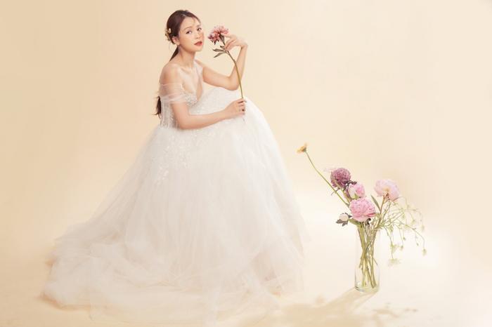 Sam hóa cô dâu lẻ loi tìm chú rể, xinh đẹp thế này mà mãi độc thân! Ảnh 7