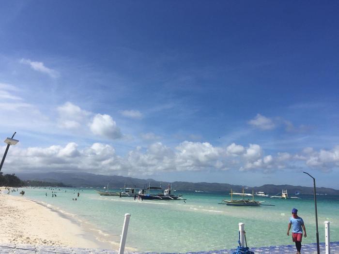 Từ bãi biển ngập ngụa rác, Boracay đã khiến nhiều người kinh ngạc vì sự thay đổi này Ảnh 7