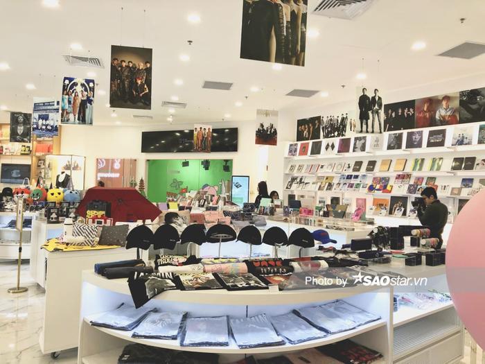 Đột nhập 'Tổng hành dinh' SM Entertainment tại Việt Nam: Fan có thể gặp được thần tượng theo cách này... Ảnh 2