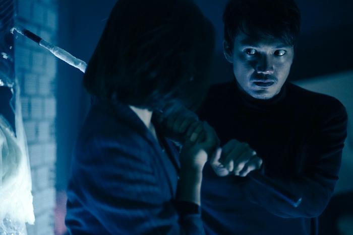 'Bằng chứng vô hình': Liệu có thoát khỏi bóng dáng của một phim remake? Ảnh 12