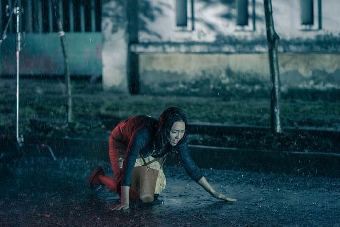 'Bằng chứng vô hình': Liệu có thoát khỏi bóng dáng của một phim remake? Ảnh 10
