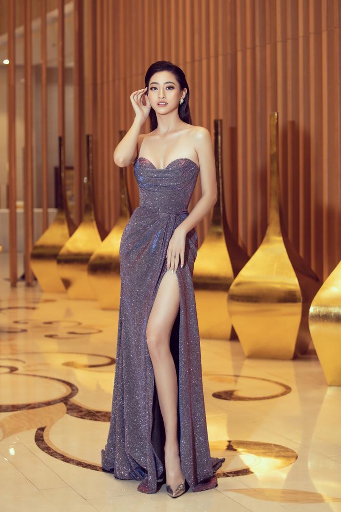 Hoa hậu Lương Thuỳ Linh đội vương miện 3 tỷ khoe nhan sắc 'vạn người mê' chấm thi sắc đẹp Ảnh 14
