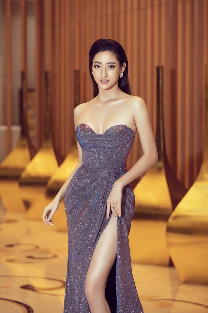 Hoa hậu Lương Thuỳ Linh đội vương miện 3 tỷ khoe nhan sắc 'vạn người mê' chấm thi sắc đẹp Ảnh 15
