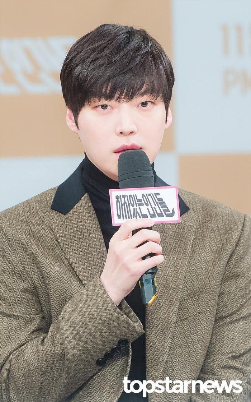 Trước ngày lên tòa, Goo Hye Sun nói móc chồng cũ và động thái của Ahn Jae Hyun Ảnh 8