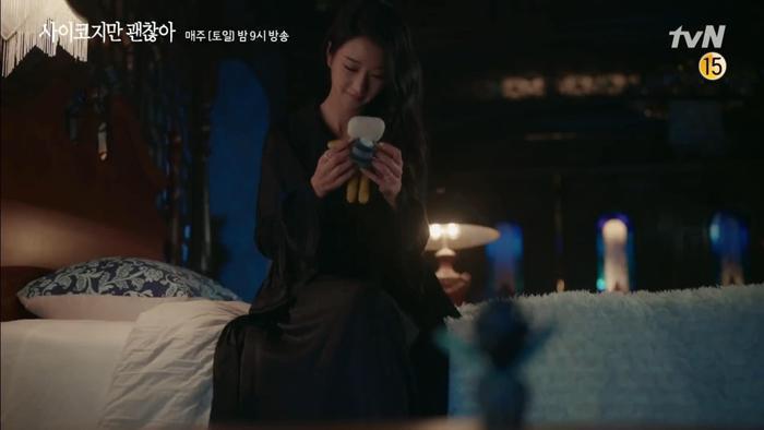 Điên thì có sao: Seo Ye Ji tự ví như 'chú chó mùa xuân', thoát khỏi xiềng xích bằng cách tự cắt đi mái tóc 'ma ám' của mình Ảnh 9