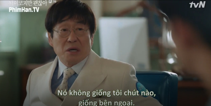 Điên thì có sao: Seo Ye Ji tự ví như 'chú chó mùa xuân', thoát khỏi xiềng xích bằng cách tự cắt đi mái tóc 'ma ám' của mình Ảnh 12