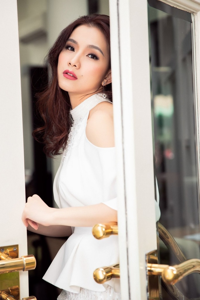Hôm nay tròn 12 năm Miss Universe 2008 tại Việt Nam: Thùy Lâm lọt Top 15 huy hoàng lịch sử nhan sắc Ảnh 15