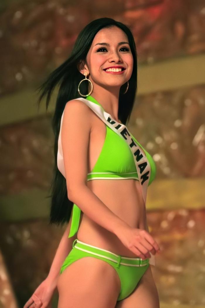 Hôm nay tròn 12 năm Miss Universe 2008 tại Việt Nam: Thùy Lâm lọt Top 15 huy hoàng lịch sử nhan sắc Ảnh 1