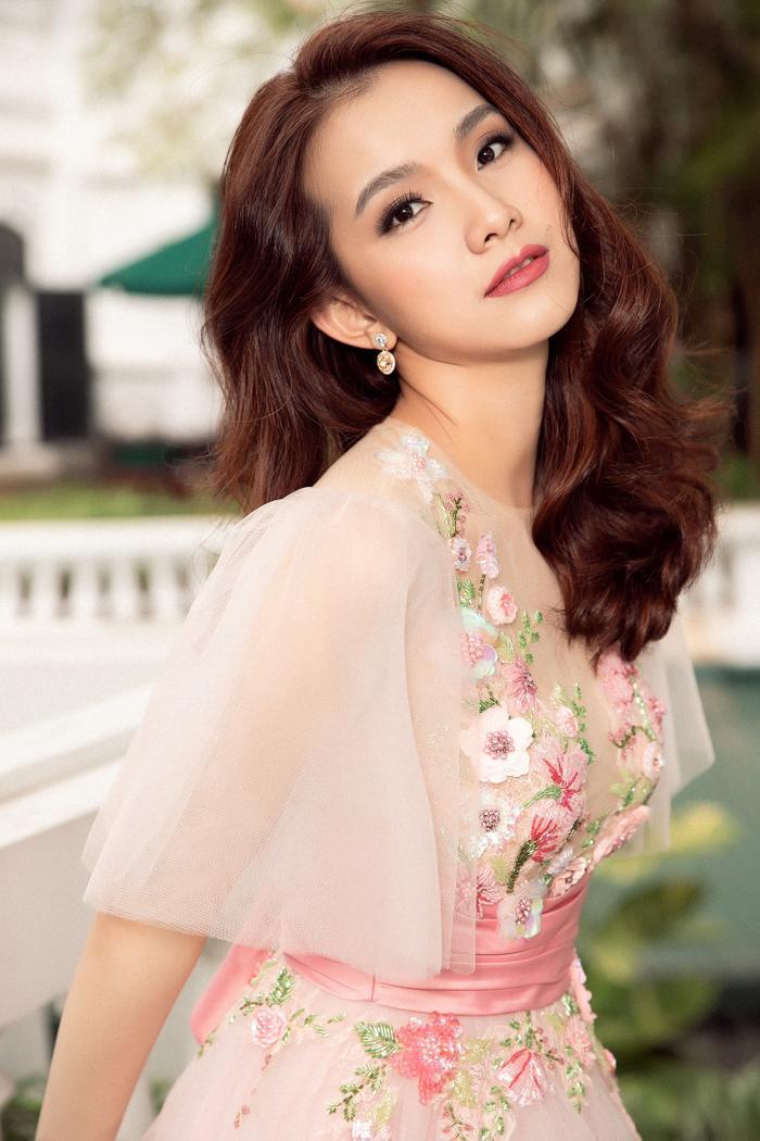 Hôm nay tròn 12 năm Miss Universe 2008 tại Việt Nam: Thùy Lâm lọt Top 15 huy hoàng lịch sử nhan sắc Ảnh 16
