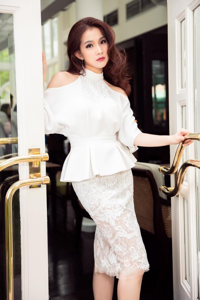 Hôm nay tròn 12 năm Miss Universe 2008 tại Việt Nam: Thùy Lâm lọt Top 15 huy hoàng lịch sử nhan sắc Ảnh 18