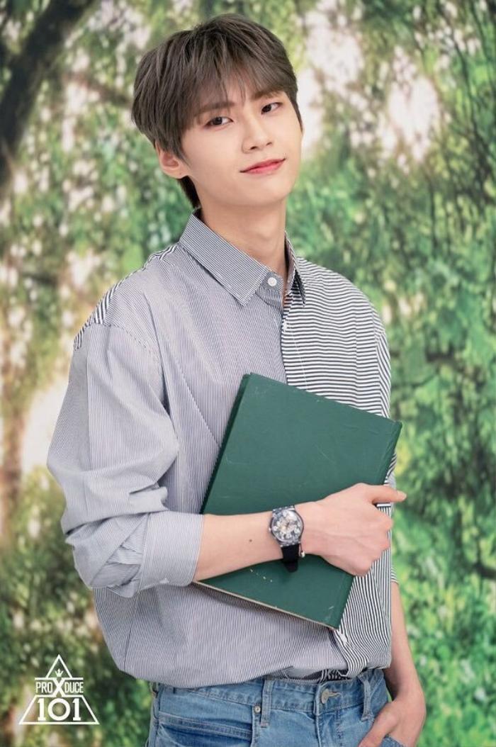 Kim Woo Seok trả nợ 2 tỷ cho bố mẹ nhờ tiền lương sau khi X1 tan rã: Cậu bé nghèo tài năng nhưng lại kém may mắn! Ảnh 2