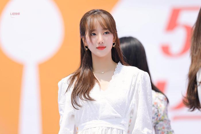 Naeun (APRIL) - nàng thơ xinh hơn hoa bị bạn học tố bạo lực học đường: Công ty đòi kiện! Ảnh 5