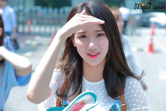 Naeun (APRIL) - nàng thơ xinh hơn hoa bị bạn học tố bạo lực học đường: Công ty đòi kiện! Ảnh 3