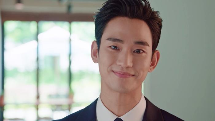 Knet đứng tim trước tạo hình 'con nhà giàu' của Kim Soo Hyun trong 'Điên thì có sao' Ảnh 11