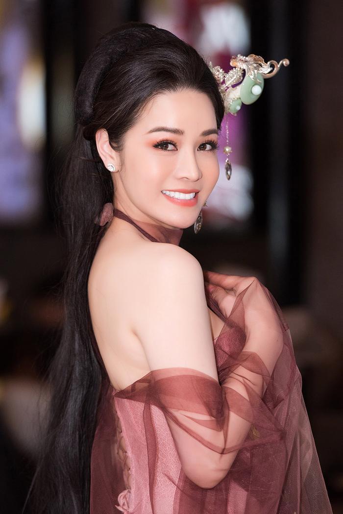 Cựu thành viên HKT tiết lộ TiTi bỏ vợ con để hẹn hò với Nhật Kim Anh: 'Nó tham tiền, nhờ vậy mới có xe sang rồi làm tổng giám đốc' Ảnh 3