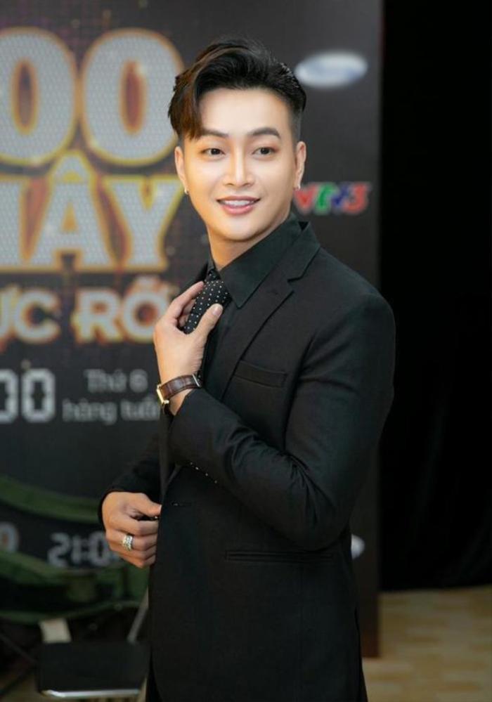Cựu thành viên HKT tiết lộ TiTi bỏ vợ con để hẹn hò với Nhật Kim Anh: 'Nó tham tiền, nhờ vậy mới có xe sang rồi làm tổng giám đốc' Ảnh 4