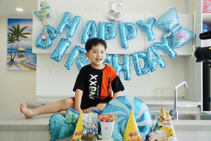 Vợ chồng Khánh Thi làm sinh nhật hoành tráng cho con trai ở resort 5 sao Ảnh 3