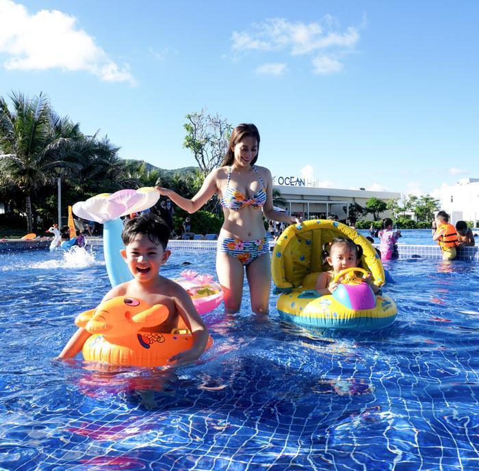 Vợ chồng Khánh Thi làm sinh nhật hoành tráng cho con trai ở resort 5 sao Ảnh 7