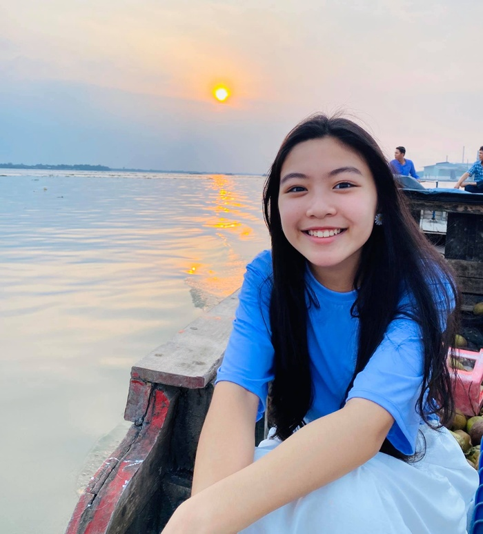 Con gái Lọ Lem nhà Quyền Linh khóc sưng mắt khi viết thư gửi ba nhân ngày sinh nhật Ảnh 4