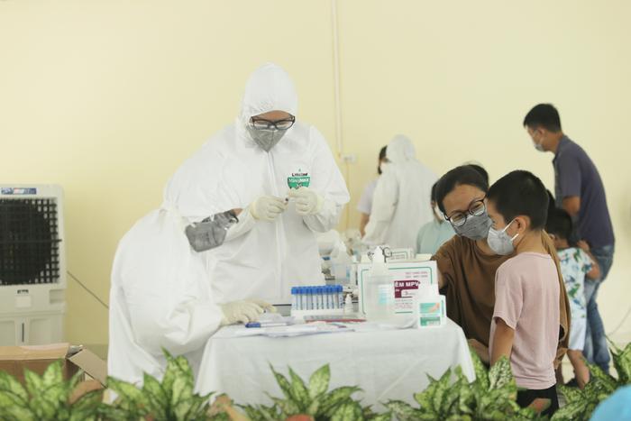 Thêm 12 ca nhiễm COVID-19 tại Đà Nẵng, nhiều trường hợp lây chéo khi tiếp xúc gần với bệnh nhân Ảnh 1
