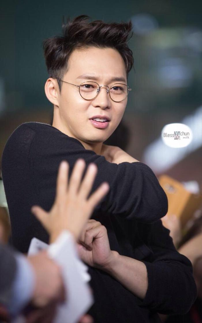 'Thánh lật mặt' bị Knet ghét cay ghét đắng, từ Goo Hye Sun đến Park Yoo Chun: Chuẩn bị comeback khi từng to miệng tuyên bố giải nghệ! Ảnh 3
