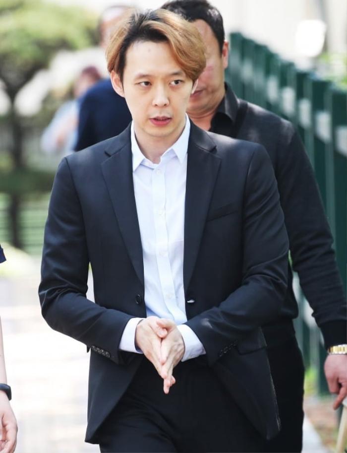 'Thánh lật mặt' bị Knet ghét cay ghét đắng, từ Goo Hye Sun đến Park Yoo Chun: Chuẩn bị comeback khi từng to miệng tuyên bố giải nghệ! Ảnh 5