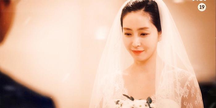 Kim Soo Hyun và Seo Ye Ji hôn nhẹ giúp rating phim 'Điên thì có sao' tăng nhẹ - Phim của Ji Chang Wook rating tăng 0.6% Ảnh 10