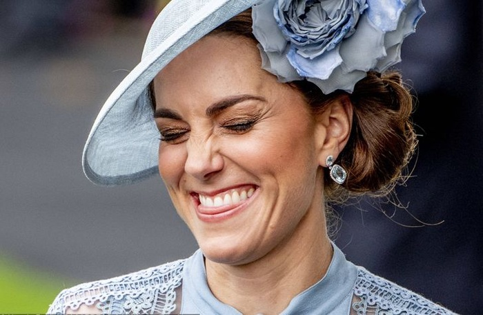 10 nguyên tắc thời trang Kate Middleton phải tuân thủ khi trở thành Công nương Ảnh 1