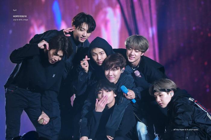 11 nhóm Kpop đạt doanh thu 'triệu bản': BTS vượt xa EXO, Seventeen và Wanna One Ảnh 7