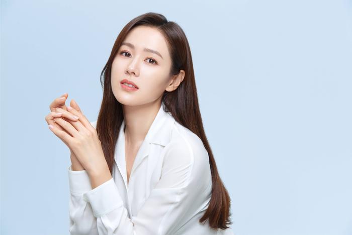 Son Ye Jin đẹp đến ngộp thở, hóa công chúa Disney: Quả nhiên là mỹ nhân thế giới 2020! Ảnh 5