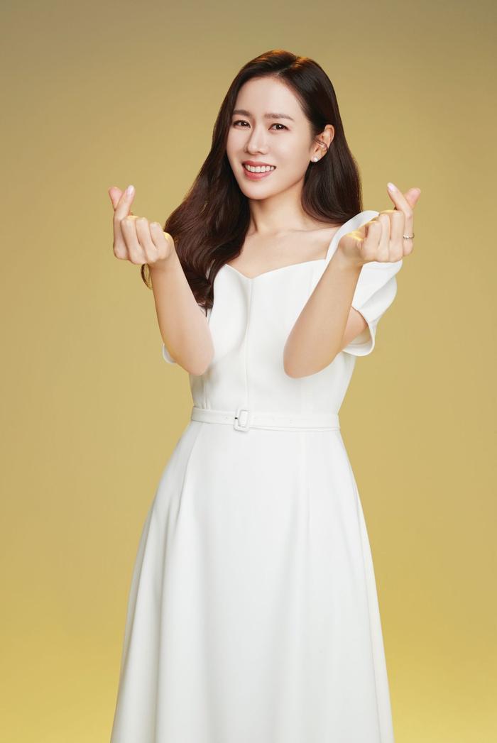 Son Ye Jin đẹp đến ngộp thở, hóa công chúa Disney: Quả nhiên là mỹ nhân thế giới 2020! Ảnh 8