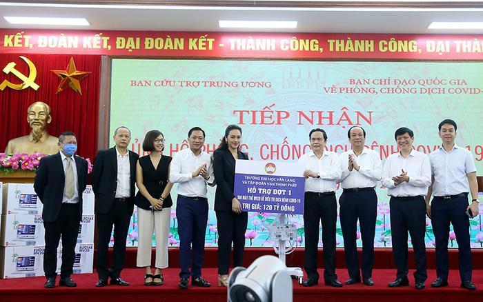 Chủ tịch Hội đồng trường Đại học Văn Lang chia sẻ về hành trình tạo nên máy thở MV20 Ảnh 1